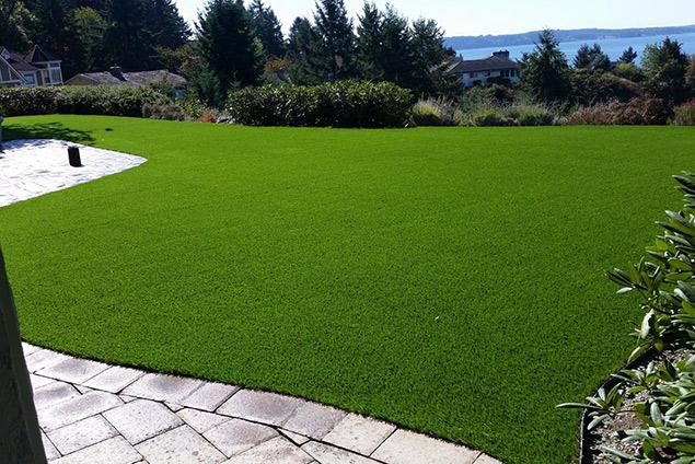 giardini in erba sintetica