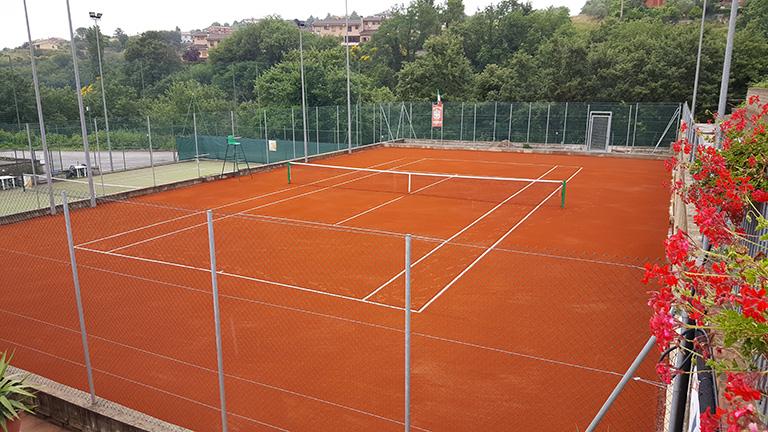 recinzioni per impianti sportivi in campo da tennis