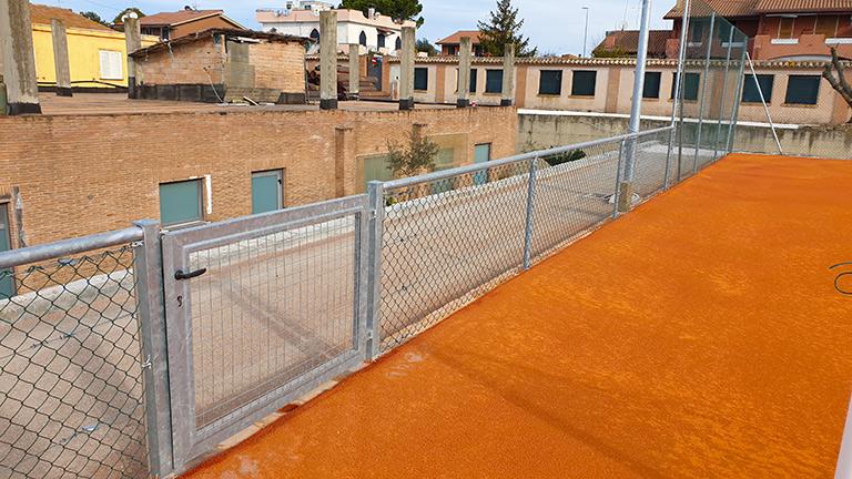 recinzioni campo terra battutain metallo