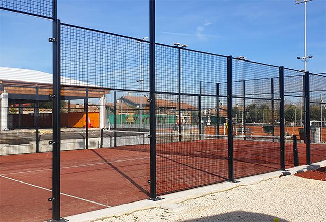 Instant green costruzione campo di padel metallo