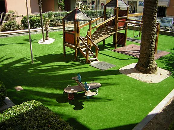 area giochi giardini in erba sintetica roma