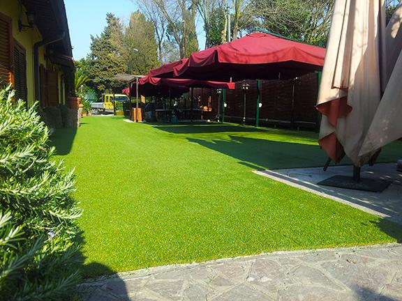 giardini in erba sintetica roma Garden Ristò Roma